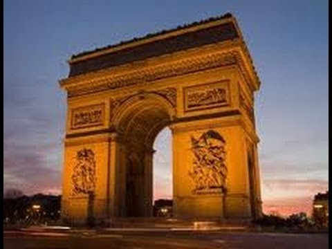 Paris travel guide - 10 best attractions in the city of lights